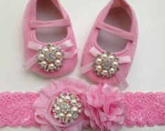 pink baby shoes and headband set--pink crib shoes--newborn pink shoes--princess shoes
