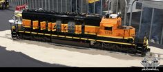 Lego BNSF SD40-2, too cool!