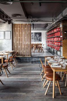 Gemma da Osteria Shanghai, China #restaurantinterior #hospitalityfurniture #restaurantinteriordesign Find more inspiration here: http://www.brabbu.com/en/news-events/category/interior-design/hospitality-projects