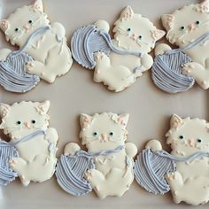 OK these are cookies.but they are so darn cute! Cat Cookies, Fancy Cookies, Sweet Cookies, Cut Out Cookies, Cookies Et Biscuits, Cupcake Cookies, Sugar Cookies, Cupcakes, Cookie Frosting