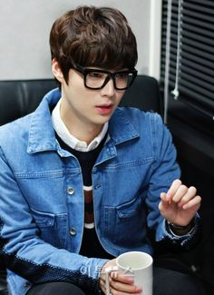 Ahn Jae Hyun.....don't miss out on this cutie