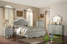 Set Tempat Tidur Minimalis Warna Silver www.jatipribumi.com Kamar set minimalis modern model terbaru produk furniture jepara dengan desain elegant menawarkan kesan set tempat tidur mewah bila di tempatkan di kamar tidur anda