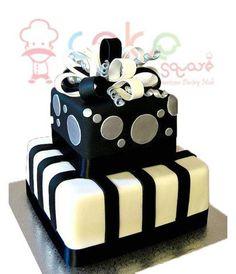 CSDWD062 - Engagement Cake