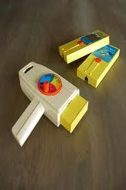 I would play with mine for hours! Still have it! I used to live watching cartoons in reverse with it.