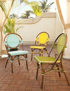 From the bustle of city sidewalks to home patios and poolside spots, Paris Bistro Outdoor Dining Chair adds its lighthearted rendition of a design made popular in the mid-1850s.