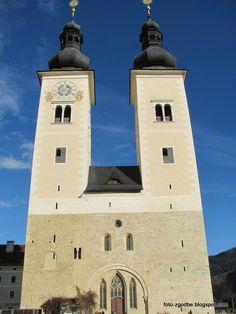 Foto zgodbe: Krška stolnica in samostan sv. Eme na avstrijskem . Pictures