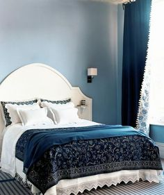 Shades of Blue | Tired of your boring bedroom decor? Wake up your sleeping space with fresh ideas.