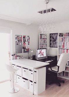 Home office: decoração funcional e dos sonhos, você vê por aqui