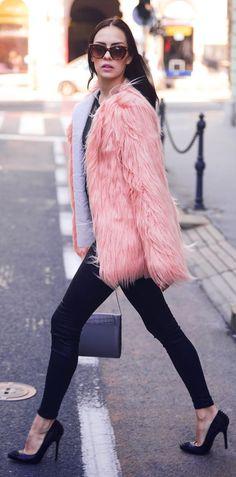 Why am I obsesh w furry jackets?