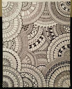 Easy Mandala Drawing, Mandala Doodle, Mandala Art Lesson, Doodle Art Drawing, Mandala Artwork, Zentangle Drawings, Mandala Painting, Zentangles, Doodle Art Designs
