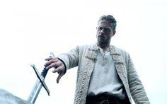 King Arthur, Legend of the Sword, 2017, Charlie Hunnam, sword