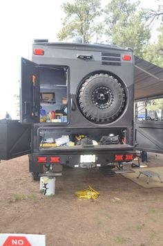 EarthRoamer says the 2014 frame was extended and rear bumper redesigned around the storage boxes and rear winch access, like the tire storage Iveco 4x4, Iveco Daily 4x4, Off Road Camping, Truck Camping, Camping Trailers, Overland Truck, Expedition Vehicle, Mercedes Vario, Adventure Campers