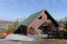 Stonenehge 431 - 3 Bedroom Luxury chalet in Pigeon Forge Tennessee, with hot tub, jacuzzi