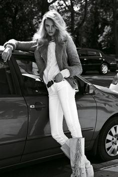 """Magdalena Frackowiak - par Claudia & Stefan - Série miss Vogue """"De brut en blanc""""  Nov. 2011- Vogue Paris."""