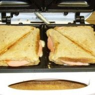 Fotografie receptu: Toasty se sýrem a salámem