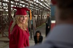 Imagen promocional de Graduation.