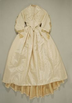 Wedding Dress 1864, American, Made of silk
