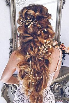 Gorgeous Bridal Hairstyles � See more: http://www.weddingforward.com/bridal-hairstyles/ #weddings