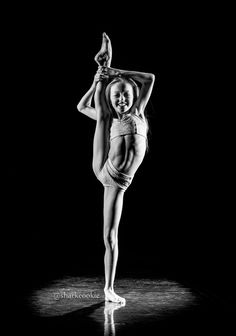 Jaycee Wilkins from Club Dance #dancers #ballet #sharkcookie #cookiefamous #flexible #girls #athlets