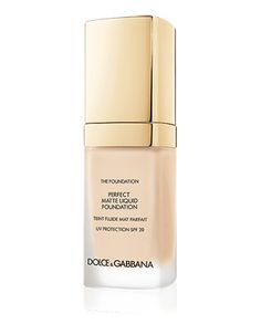 This product gives a flawless matte finish, no shine but with the SPF protection you need. This #foundation can work on all skin types especially oily-prone complexions. #Glamour #Dolce&Gabbana