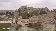 Located on a rocky plateau in the heart of the Alpilles, the town of Les Baux-de-Provence provides a breathtaking panoramic view down over Arles and the Cama. Meditation For Stress, Meditation Music, Provence France, 4k Uhd, Relaxing Music, Mount Rushmore, Mountains, Travel, Calming Music