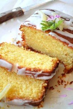 Lemon Cake Greek Sweets, Greek Desserts, Köstliche Desserts, Sweets Recipes, Delicious Desserts, Cake Recipes, Candy Cakes, Cupcake Cakes, Greek Cake
