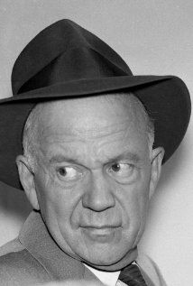 Willis Bouchey played a Judge in 23 episodes of Perry Mason. Born: Willis Ben Bouchey on May 1907 in Vernon, Michigan, USA Died: September 1977 (age in Burbank, California, USA Hollywood Actor, Hollywood Stars, Classic Hollywood, Vintage Hollywood, Mchale's Navy, Perry Mason, John Ford, How To Run Faster, Movie Stars