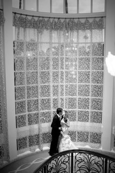Wedding portraits at Beverly Hills Hotel.