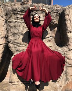Legend of the beautiful model for graduation and special day I think girls strongly recommendiiimmm❣️ Dress / Zkzafira Islamic Fashion, Muslim Fashion, Modest Fashion, Fashion Dresses, Hijab Evening Dress, Hijab Dress Party, Event Dresses, Modest Dresses, Hijab Outfit
