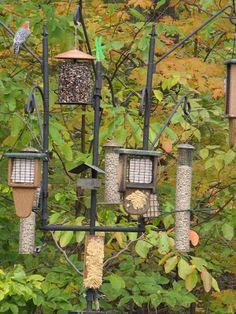 Little Bee Wind Chime Bird Feeder Yellow Seed Nectar Finch Outdoor Decor Yard