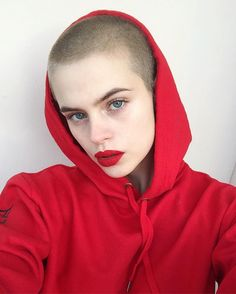 Women With Buzz Cut Hairstyles | POPSUGAR Beauty UK Photo 20
