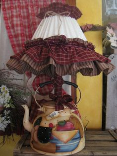 Diy Crafts To Do, Hobbies And Crafts, Handmade Crafts, Lampshade Chandelier, Beaded Chandelier, Lampshades, Shabby Chic Dining Room, Shabby Chic Decor, Teapot Lamp