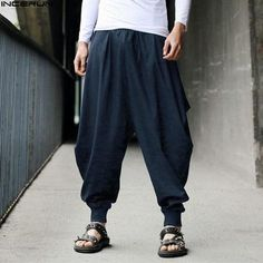 Details about Mens Japanese Samurai Style Boho Casual Loose Fit Harem Baggy Hakama Linen Pants Mens japanischen Samurai-Stil Boho Casual Loose Fit Harem Baggy Hakama Leinenhose Harem Pants Men, Cotton Harem Pants, Linen Pants, Men's Pants, Pants For Men, Loose Pants, Yoga Trousers, Men Trousers, Boho Pants