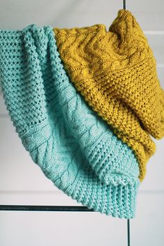Ravelry: Gone Glamping Cowl pattern by Plucky Knitter Design
