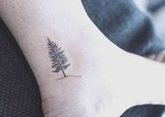 Small+Tree+Tattoo+on+Ankle+by+baam.kr