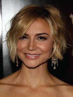 Samaire Armstrong with a Short Textured Bob