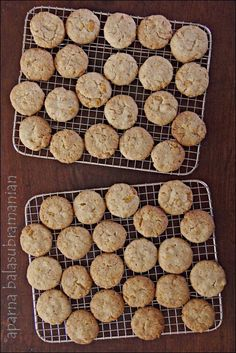 My Diverse Kitchen - Food & Photography From A Vegetarian Kitchen In India : Eggless Cornflakes Cookies