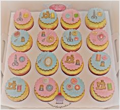 My Cupcakes and Cakes World: Sewing Cupcakes - White Cupcakes