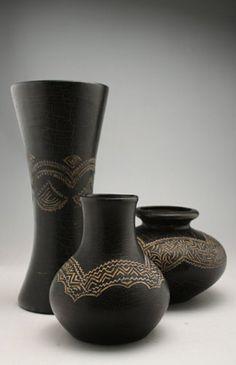 Imatges trobades pel Google de http://raices.mediasandia.cl/fotos/decoracion/ceramicas/ceramicas-set-jarrones.jpg
