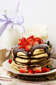 Letizia in Cucina: Pancakes con crema alla nocciola e fragole - Conte...