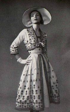 1952 Christian Dior