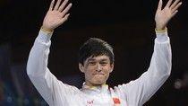 Natation – Chine: Sun Yang Photo : AFP/FABRICE COFFRINI Couronné triple champion du monde de natation cette année, à Barcelone, le nageur chinois Sun Yang est dans l'eau chaude depuis qu'il a été ...