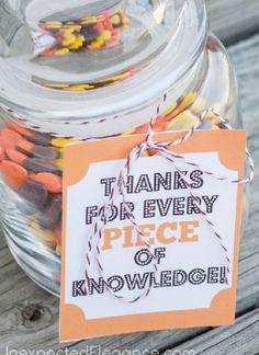 Easy Last Minute End of Year Teacher Gifts:  FREE Download Printable THANKS FOR EVERY PIECE OF KNOWLEDGE @ Unexpected Elegance