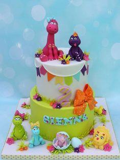 Girl dinosaurs - Cake by Shereen