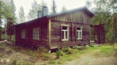 Intensiivityöskentelyn mahdollistava työhuoneemme Etelä-Suomen suurimman erämaa-alueen reunamilla.