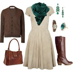 I love this whole outfit! I really want that scarf!
