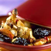 Tajine de poulet aux pruneaux et amandes