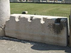 VII.8 Pompeii Forum. May 2006. West side.