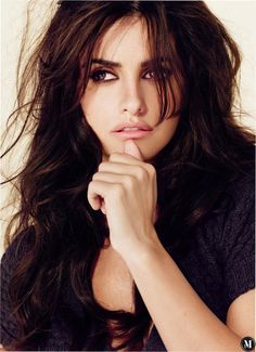 Born in the capital of Spain, Madrid Penélope Cruz was originally a dancer and a star of Spanish television. She made her acting debut at 16 on television, and her feature film debut the following ...