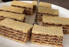 Oplátky plnené keksom a čokoládou Krispie Treats, Rice Krispies, Bread, Desserts, Food, Tailgate Desserts, Deserts, Brot, Essen